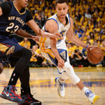 Steph Curry SPLASH to end the 1st half and the @warriors lead the @PelicansNBA, 55-52 at the break #WARRIORSvPELICANS http://t.co/F540BoWUF7