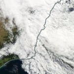 Updated: #Sydneystorm a cyclone by another name (with new details on 13.6m waves): http://t.co/UuStRk8F4U http://t.co/XA6lsIlVjr