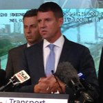 Premier @mikebairdmp has appealed for people to leave work early because of #SydneyStorm   http://t.co/9S6j9eXXx2 http://t.co/PVaw7TcClu