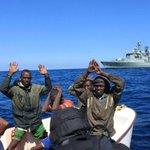 Raid aerei per fermare i barconi «Modello Somalia» anti scafisti http://t.co/i94fILI8AX http://t.co/0DKlgFUIR7