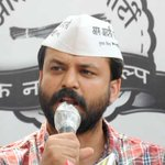 AAP responds to Prashant Bhushan's charges: Ashish Khetan says I won't spare Bhushan family for these charges. http://t.co/Sphbk0r6FX
