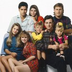 Full House revival is official, will arrive on Netflix in 2016 http://t.co/G7aGqFZkgX http://t.co/FVfj4JOU8P