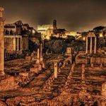 Oggi #Roma compie 2768 anni... Secondo Varrone fu fondata da Romolo il 21 aprile del 753 a.C ... #NataleDiRoma http://t.co/qe3WTZbLRU