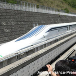 Japanese Maglev train sets world speed record again, hits 375 mph http://t.co/BDxwPVqMf7 http://t.co/jT1Htys1pJ