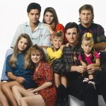 .@JohnStamos told @jimmykimmel that its official: a #FullHouse reboot about DJ and Kimmy is coming to @netflix!! http://t.co/FYagroJam8