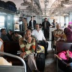 Railways to launch app for paperless ticketing in unreserved category. Read http://t.co/se21b8VJiW http://t.co/ixQOPMbD5S