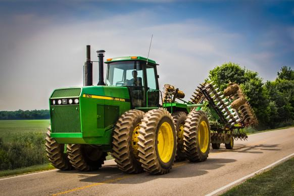 We Can't Let John Deere Destroy the Very Idea of Ownership http://t.co/ScX6VMDT1S http://t.co/kGUW7ldGSe