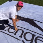 Loved signing the huge Jimmy flag for his record breaking exploits,in Regents Park today. @SlazengerSport #JimmyFlag http://t.co/100Yq1fp46