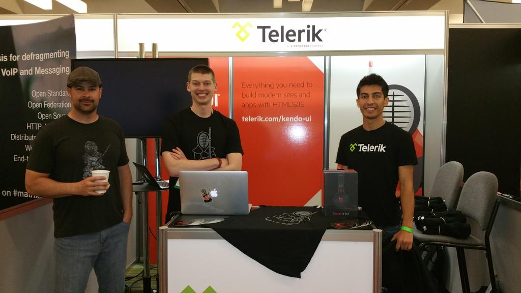 Come by the @Telerik booth at #FluentConf for Kendo UI t-shirts and a chance to win Beats headphones. http://t.co/8gPgT2w4aq