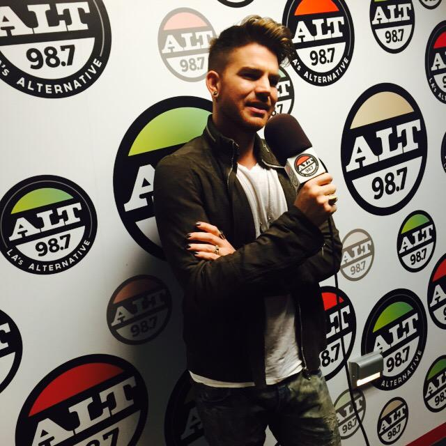 Shout out to @adamlambert for always being cool! Peep his new single #GhostTown http://t.co/NbZGgLDRGd http://t.co/Hke6hIXmrd