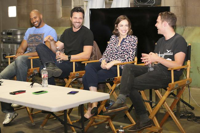 My interview on set with #AgentsofSHIELD Cast  #ABCTVEvent #AvengersEvent  http://t.co/6glkajLsoT http://t.co/fERX5Cl59s