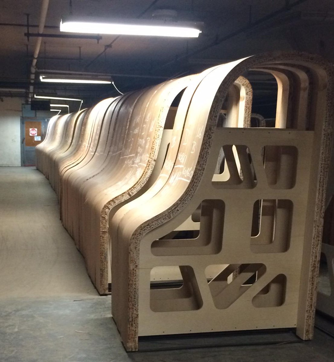 Beautiful pics from AMFS's tour of the Steinway factory today. Thanks @SteinwayAndSons! http://t.co/nVy2F4MNii