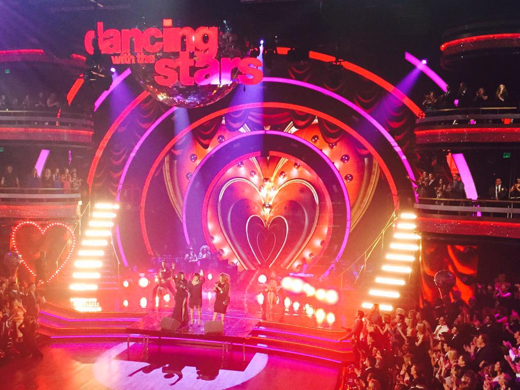 The set for the anniversary episode is amazing! @DancingABC tune in tuesday April 28 http://t.co/9lr2dpnsJU