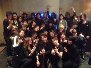 『ギタリスト会 2015 春』をSUGIZOさんと開催しました♪ 今回のテーマは『より濃く、よりタイトにッ!!』濃厚な一夜でした☆ http://t.co/fdqQPjewYW