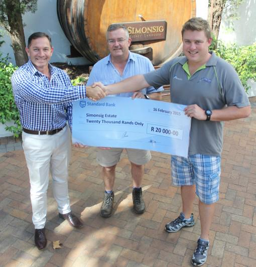 Winners of Standard Bank/Chenin Blanc Challenge 2014 spread the winnings http://t.co/VzznR5Dryk @Simonsig_Estate http://t.co/ymdQXv6SME