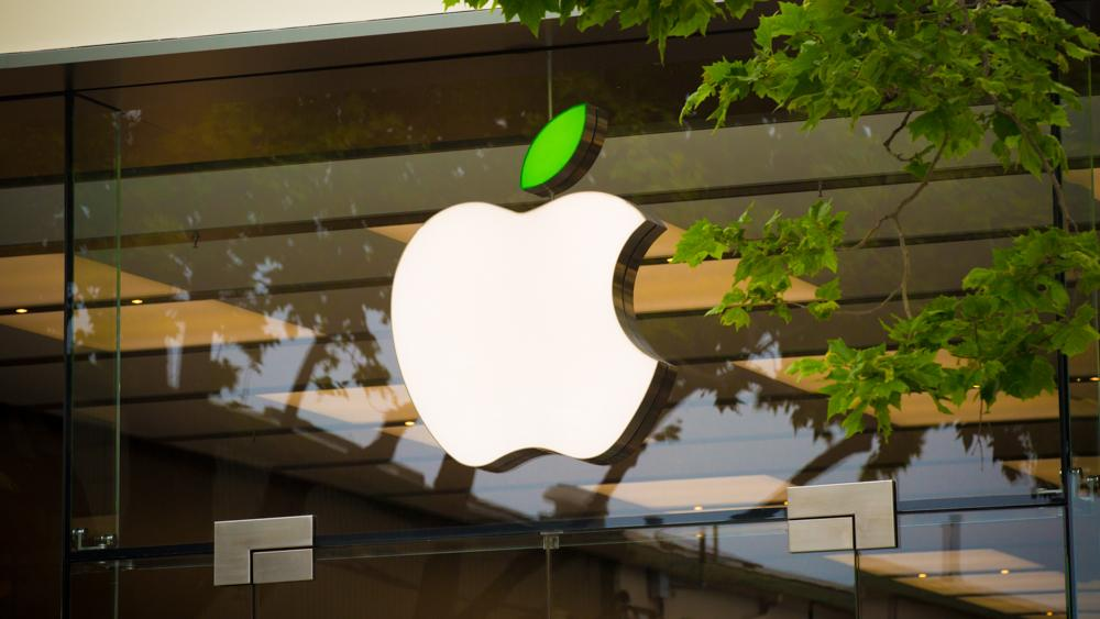 Apple Stores get a green leaf for #EarthDay http://t.co/pmuSOGwsgC