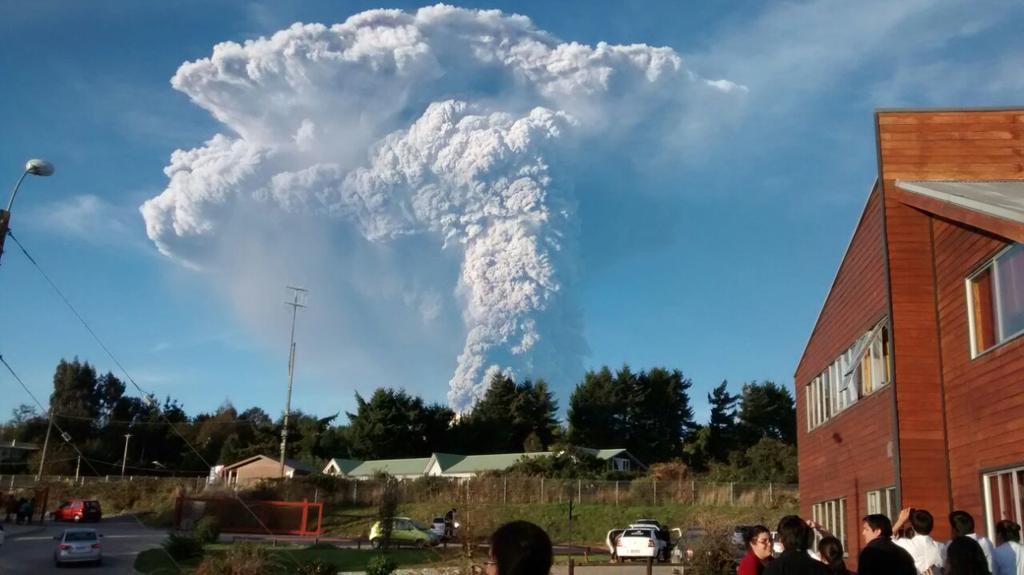 First day eruption Calbuco volcano Puerto Varas