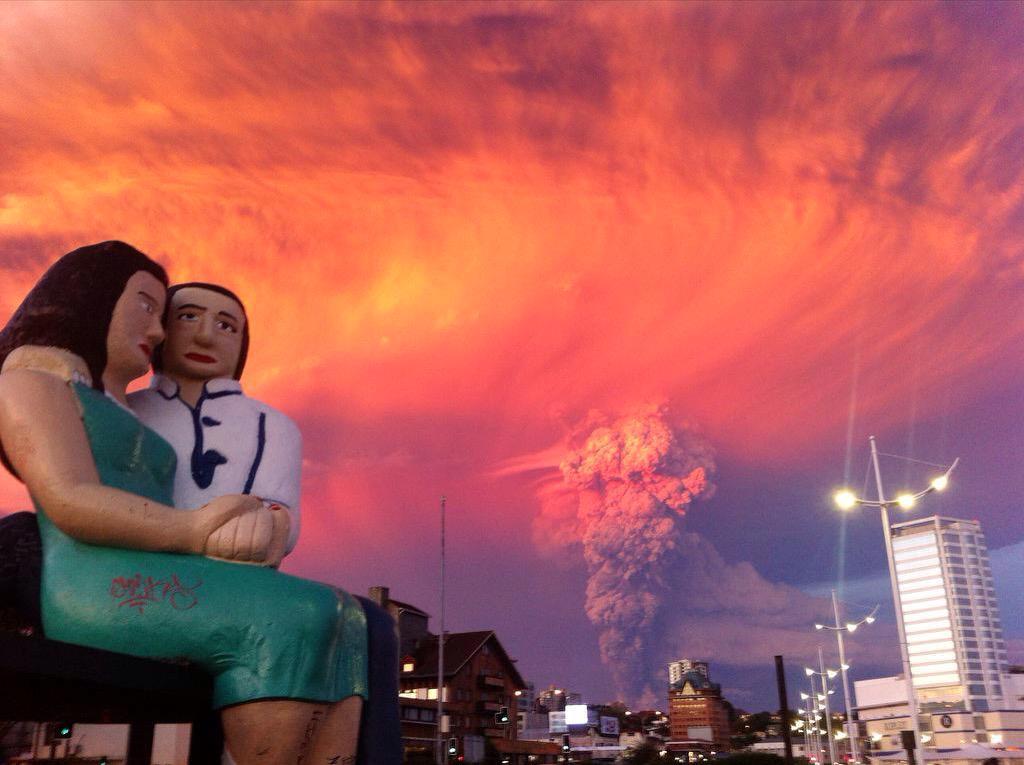 Diferentes vistas de la erupción del #VolcanCabulco en #Chile http://t.co/u8ueXGXRLB