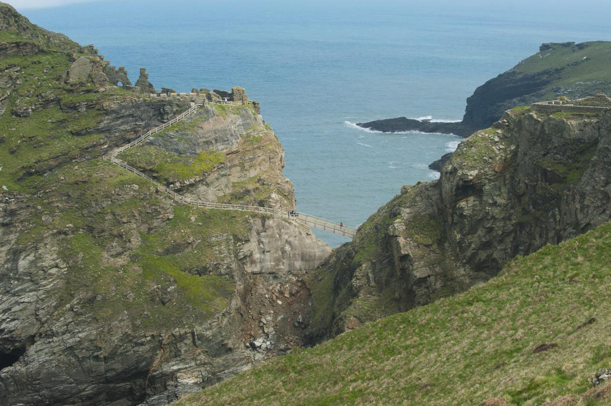 #StGeorgesDay fact 6: Nowhere in England is more than 74.5 miles from the sea! http://t.co/OQAi2rBtGV