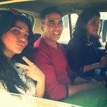 RT @akshaykumar: Off for another interview on Bombay's highway!! Today it's a taxi (how I miss my old life) Watch out for #TeamGabbar http:…