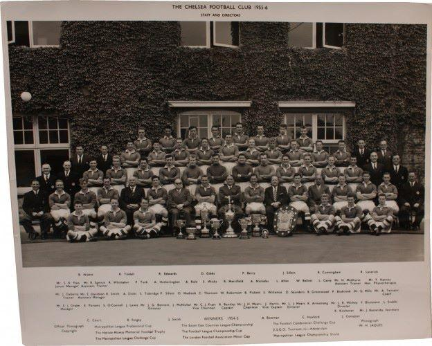 60 years ago to the day #ChelseaFC won their first ever league title #KTBFFH #CFC #UTC http://t.co/WL5Xgara1w