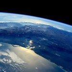 Espectacular foto del Centro de México desde el espacio. Vía @AstroSamantha. Febrero 2015. http://t.co/QNX2w7Y4uw