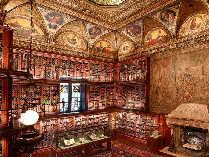 Today is #WorldBookDay! The walls of Mr. Morgan's Library are lined floor to ceiling with triple tiers of bookcases. http://t.co/SnUhkTpmX9