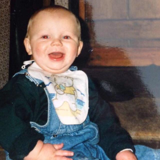 Can\t believe I\m turning 21 tomorrow. HAPPY BIRTHDAY CASPAR FROM AUSTRALIA!!!!!