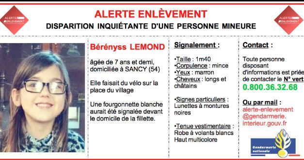 Alerte Enlèvement : Nouvelles Infos  Merci de RT   http://t.co/nfds7ccGKu http://t.co/15znEpQbmG