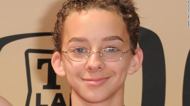 'Everybody Loves Raymond' child actor Sawyer Sweeten commits suicide. http://t.co/WFfa1DIBuR