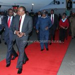 .@UKenyatta's plane forced back to Kenya after routing hitch http://t.co/Lqb3lMhega http://t.co/b8Hf5e4IbX
