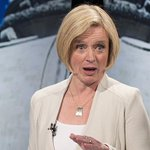 Say what? New poll shows @albertaNDP pulling ahead in Alberta election race. http://t.co/D3ixouk62a #abvote http://t.co/DrsEPXe7kr