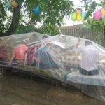 Дождь — не повод не бухать http://t.co/X2s7NPgy4C