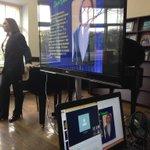 Играет и рассказывает Д. Людков #Библионочь#Калининград http://t.co/p5BSBoASBo