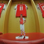 TWO HOURS TO GO! Remember to get your @MesutOzil1088 table topper in the AFCvCFC programme - http://t.co/ooOZm5HC89 http://t.co/d4oCgj7Z86