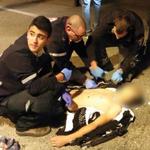 الجيش الإسرائيلي يقوم بإعدام فتى فلسطيني قبل قليل بـ10 طلقات نارية في مدينة #القدس وشهود عيان أكدوا أن الإعدام متعمد! http://t.co/EejatL1dgr