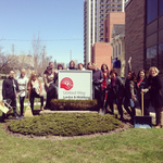 Keeping it Clean & Green! @unitedwaylm staff ready for #20minmakeover @LndnCleanGreen http://t.co/hWcuxD0ZVG