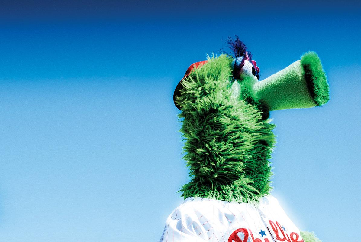 Happy birthday to the @Phillies Phanatic, who made his Major League debut on April 25, 1978! #PhanaticsBirthday http://t.co/OgecAxkcfN