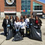 mCityofLdnOnt @LndnCleanGreen 20 minute makeover done at @CoventMarket and downtown core http://t.co/nlE1NP6Ajz