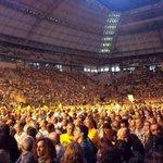 Més de 15.000 persones al Sant Jordi revifen el procés independentista abans de les municipals http://t.co/ZvRNODKoAT http://t.co/wOw22dFcgn
