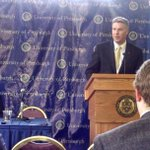 #Pitt community is delighted to meet our new Athletic Director Scott Barnes! Chancellor Gallagher makes it official! http://t.co/hfotNfzjEb