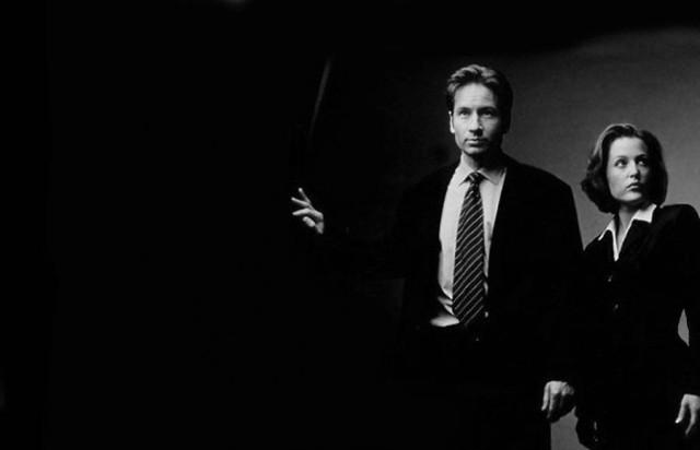 Netflix Begins Streaming First 13 Episodes Of The X-Files In HD http://t.co/HdqbBuDGOT http://t.co/EZ6Cm6cyB8