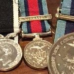 Help. If you c medal tweet me. Fell off sons chest on Taranaki between Arras & Wakefield St. Please RT #ANZAC http://t.co/Btx74ppCC0