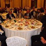Bu akşam Pendik İlçe Başkanlığımızın organize ettiği yemekte, sanayici ve iş adamlarımızla bir araya geldik. http://t.co/IO0wWT9lHE