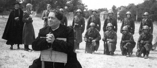 """Don Pietro """"Non è difficile morire bene. Difficile è vivere bene"""" #RomaCittaAperta @RaiTre #ilcoraggiodi @70esimo http://t.co/ye02FisIih"""