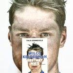 Gaat het sportboek met de mooiste cover winnen? :-) @thijszonneveld @RTLLateNight @pankra @W1lcokelderman http://t.co/tfGXXsdaL2