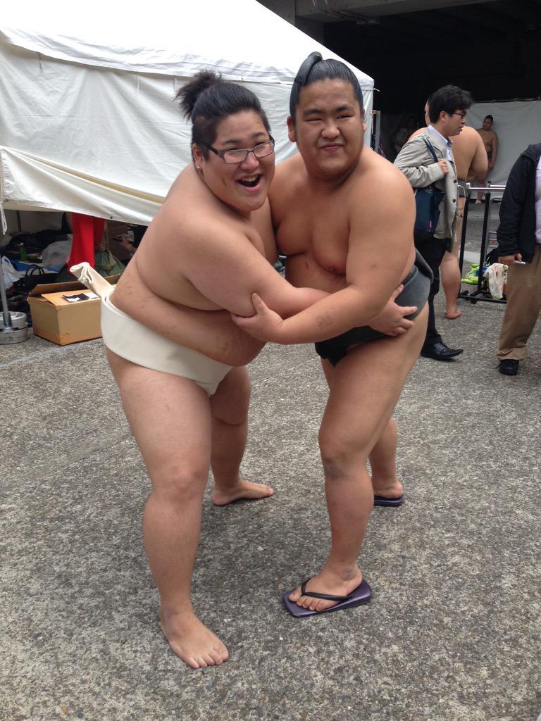 お相撲さんと俺 http://t.co/FOx2Iqsodu