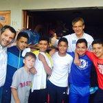 Los jóvenes son nuestro futuro, por ellos @VaQueVaLeon @hlsantillana #LeónQuiereAlPAN http://t.co/A8ISQGhpL4