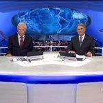 Cid Moreira e Sérgio Chapelin se emocionam ao lembrar momentos importantes do Jornal Nacional. http://t.co/ZOsjvnElwd http://t.co/yBU6TVjtqo