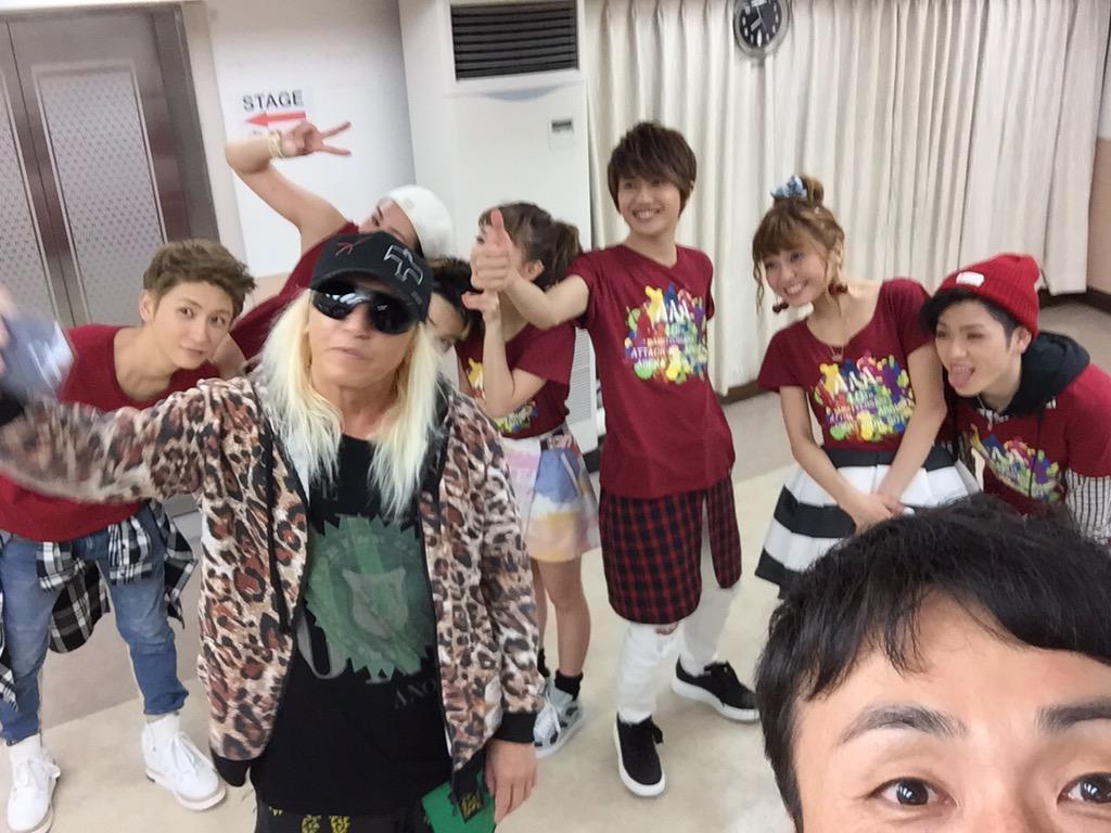 AAAの武道館LIVE格好良かった〜❗️  AAAを撮ってるKOOさんを撮った。  楽しかった、お疲れ様でした! http://t.co/t1M2QdTEjZ